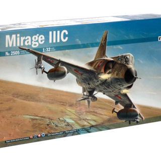 Italeri 2505 MIRAGE III C 100%  - include fotoincisioni - interni dettagliati