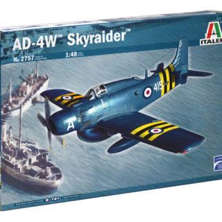 ITALERI 2757 Aereo in kit AD 4W Skyraider + 3 colori omaggio