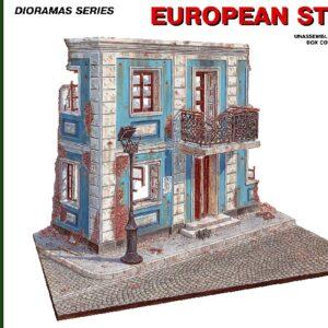MINIART 36011 European  Street.
