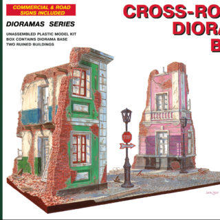 MINIART 36013 Cross-Roads Diorama Base                  Modellismo