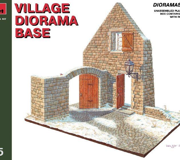 MINIART 36015 Village Diorama Base                      Modellismo