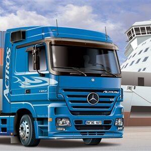 ITALERI 3824 Mercedes-Benz Actros 2003