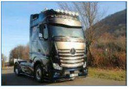 Italeri 3935 Mercedes Benz Actros MP4 Giga Space Show -Truck