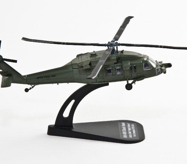 ITALERI 48133 Mh-60k Black Hawk Modellismo