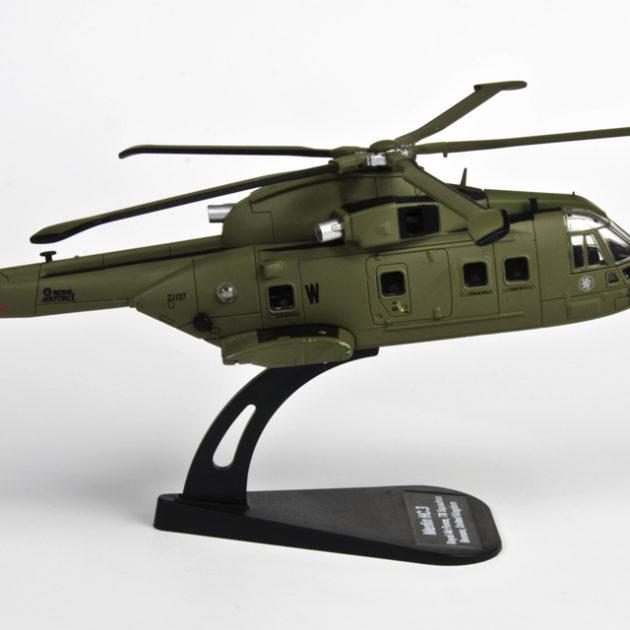 ITALERI 48143 Merlin Hc.3 Modellismo
