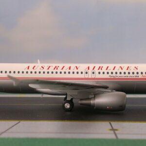 Herpa 555708 Airbus A320 Retrò OE-LBP Modellismo