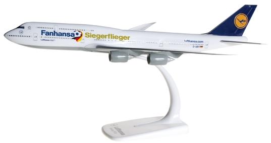 """Herpa 610513 Boeing 747-8 Intercontinental """"Fanhansa"""""""