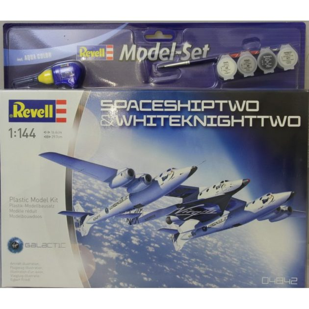 REVELL 64842 Model Set Space Ship Two & Carrier White