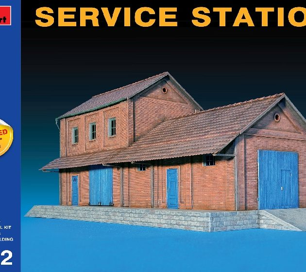 MINIART 72028 Service Station - Multi Colored Kit