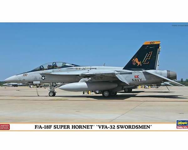 HASEGAWA HA02010 F/A - 18F VFA - 32 SWORDSMEN