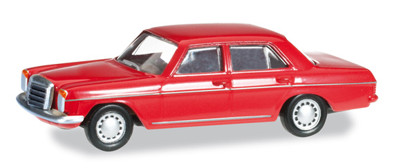 Herpa 024785-003 MERCEDES BENZ 240D/8 rosso