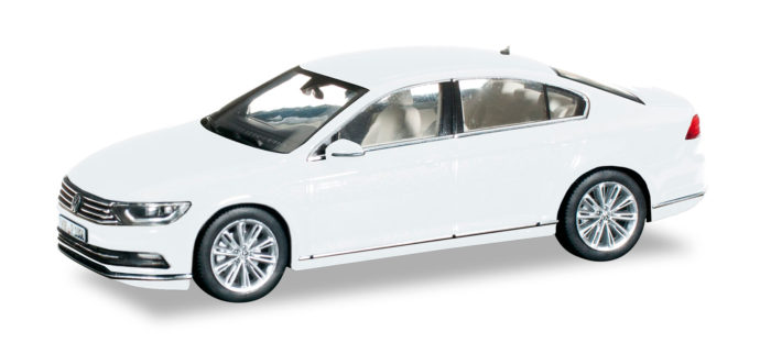 Herpa 070867 VW PASSAT LIMOUSINE BIANCA