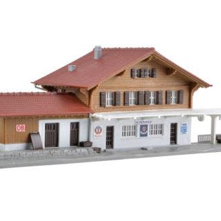 Kibri 37410 Stazione con pensilina