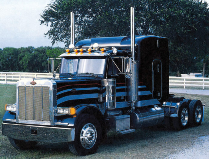 "ITALERI 3857 Peterbilt 378 ""Long Hauler"""