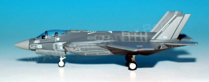"Herpa 559300 Lockeed Martin F-351 ""Adir"" Israeli Air Force"