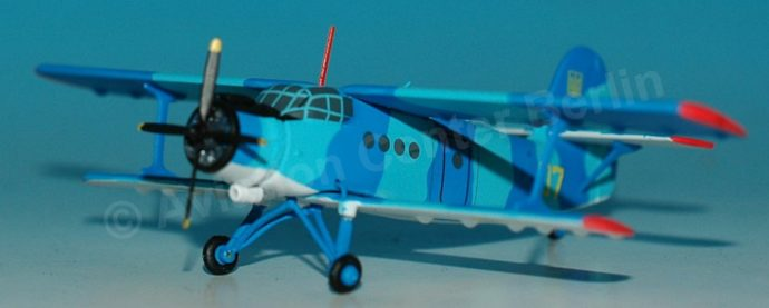 Herpa 559713 Antonov AN-2 Ukrainian Navy