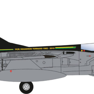 Herpa 570510 Panavia Tornado GR.4 No IX(B) Squadron