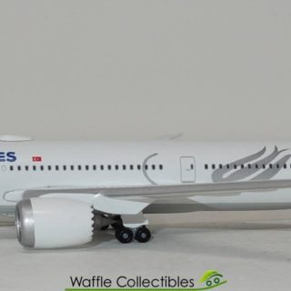 Herpa 534055 Boeing 787-9 Dreamliner  Turkish Airlines