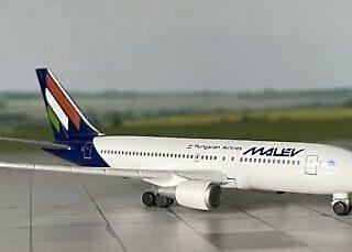 Herpa 534185 Boeing 767-300 Malév Hungarian Ailines