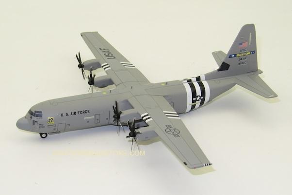 Herpa 570541 Lockeed C-130j-30 Super Hercules U.S.Force